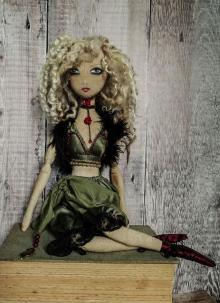 Daskarzine - Puppet